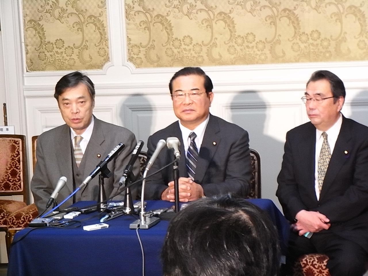 中川財務・金融大臣の辞任