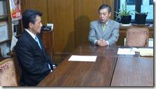 民主党岡田氏と選挙制度問題で会談