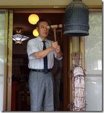 大輪院にて平和の鐘