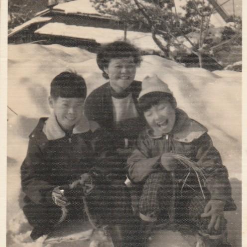 母・香代子・私。盛岡で雪と橇