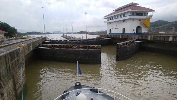 IMG_20190811_145418 パナマ運河 閘門