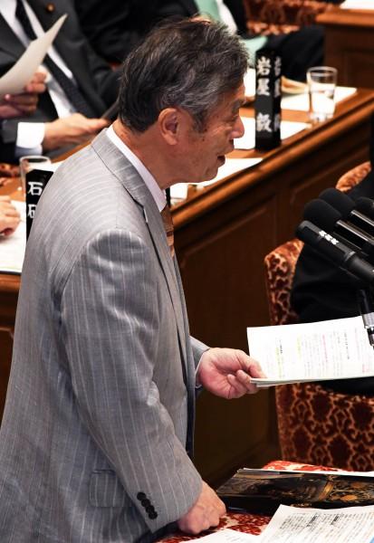 DSC_9591 20200210 予算委員会