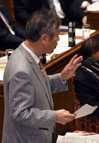 DSC_9674 20200210 予算委員会