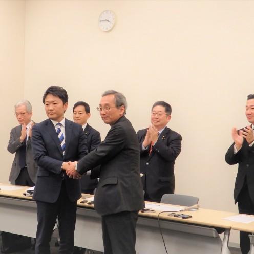 P3170638 20200317静岡4区補選・政策調印式